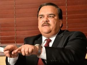 Elías Wessin Chávez tiene 55 años y comenzó su carrera política como diputado, a los 25.