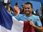 La primera raqueta de República Dominicana, Víctor Estrella.