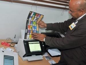 La JCE realizó la primera prueba de conteo automático de boletas el pasado 10 de abril y hará otra el próximo domingo.