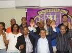 El diputado Gustavo Sánchez junto a los deportistas que decidieron darle apoyo.