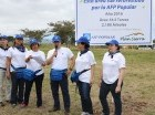 Empleados del Grupo Popular en labores de reforestación.