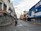 En los barrios de la capital la mayoría de comercios cerraron.