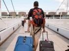 Puertorriqueños se marchan a Estados Unidos y a República Dominicana.