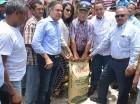 La entrega realizada por el Gobierno fue realizada a través del Instituto Agrario Dominicano (IAD).