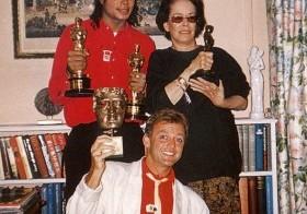 Michael Jackson en 1999 compró una estatuilla por una suma récord de 1,54 millones de dólares