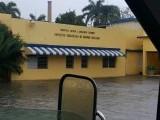 Puerto Plata en situación de emergencia; trasladan pacientes de centro de salud por inundaciones