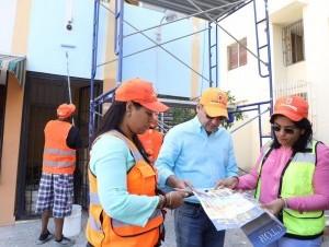 El alcalde Abel Martínez supervisa el inicio de los trabajos.