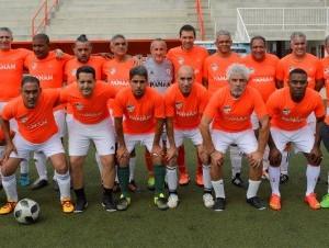 Equipo cemento Panam del Cibao Fútbol Club, campeón del primer festival de fútbol para veteranos