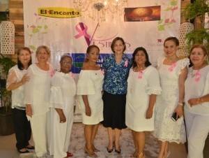 Reyna de Rodríguez, Eduviges Morrobel de Gómez, Doris Domínguez, Carmen Portorreal, Liliana Fernández, Fanny Ramírez, Yanira Rodríguez y Joselyn Sánchez.