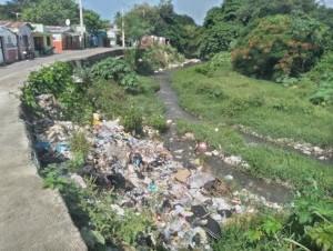 Rio Moca altamente contaminado
